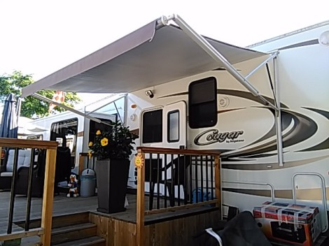 Awesome Caravan And Awning For Sale On Camping Villasol Campsite In Benidorm