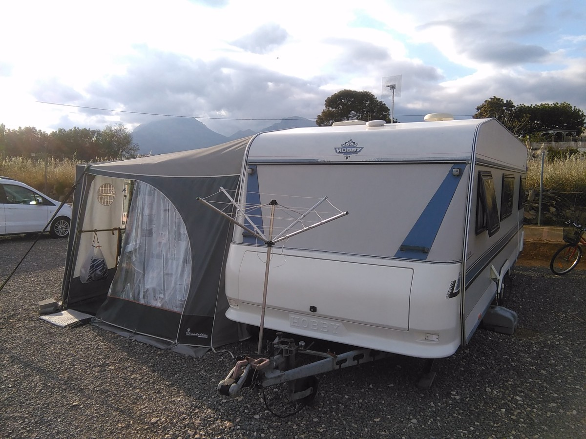 Hobby 1020 Prestige Touring Caravan Amp Awning For Sale In